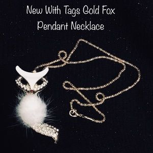 New Fox Pendant Necklace NWT